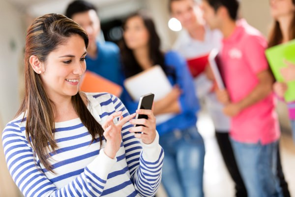 increasing-use-of-mobile-apps-in-education-and-recruitment