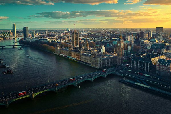 applications-british-universities-fall-4-overall